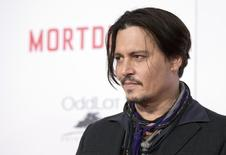 Ator Johnny Depp em Hollywood. 23/01/2015 REUTERS/Mario Anzuoni