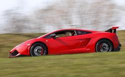 Sonja Heiniger, 76 years old, drives her Lamborghini in Jona, Switzerland, March 20, 2015.    REUTERS/Alessandro Garofalo