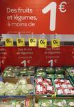 Produtos em supermercado da rede Carrefour em Brive-La-Gaillarde, na França.   08/06/2013   REUTERS/Regis Duvignau