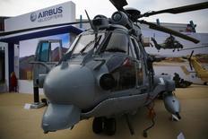 Un helicóptero militar multi-rol EC 725 de Airbus Helicopters, en una feria militar internacional, en Kielce, Polonia, 2 de septiembre de 2014. México se encuentra en negociaciones para comprar 50 helicópteros militares Caracal a Airbus Helicopters, dijo una fuente cercana a las discusiones, un hecho que confirma un reporte publicado en el sitio web del diario La Tribune. REUTERS/Kacper Pempel