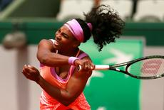 Tennis - French Open - Roland Garros, Paris, France - 28/5/15 Women's Singles - USA's Serena Williams in action during the second round Action Images via Reuters / Jason Cairnduff Livepic