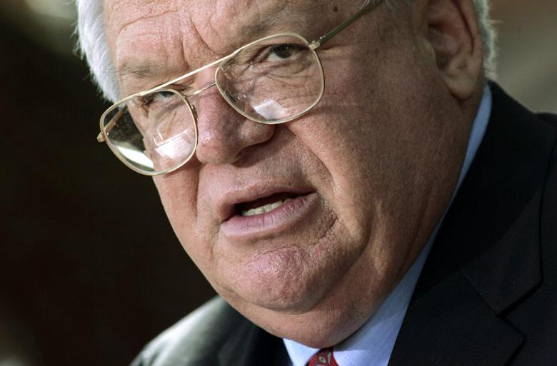 Former U.S. House of Representatives Speaker Dennis Hastert (R-IL) speaks during a news conference in Batavia, Illinois in this October 5, 2006 file photo. REUTERS/John Gress/Files