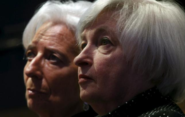 Federal Reserve Chair Janet Yellen (R) and International Monetary Fund Managing Director Christine Lagarde (L) listen to opening remarks before addressing the Institute for New Economic Thinking Conference on Finance and Society at the IMF in Washington May 6, 2015.  REUTERS/Kevin Lamarque