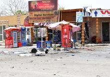 Повпрежденный взрывов магазин в Луксоре 10 июня 2015 года. Экстремист-смертник подорвал себя на парковке у Карнакского храма - одной из достопримечательностей египетского Луксора, сообщили источники в службах безопасности страны и очевидцы. REUTERS/Stringer