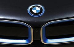 Les ventes de voitures de la marque BMW ont augmenté de 4% en mai à 159.129, soutenues par la demande aux Etats-Unis et une poursuite de la reprise en Europe tandis que la croissance du marché en Chine restait anémique. /Photo d'archives/REUTERS/Yves Herman