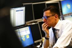 Le moral des investisseurs allemands s'est dégradé plus que prévu en juin, pour tomber à son niveau le plus bas en sept mois, la crise grecque et le manque de dynamisme de l'économie mondiale créant de la nervosité dans les milieux d'affaires. /Photo d'archives/REUTERS/Kai Pfaffenbach