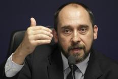 Advogado-geral da União, Luís Inácio Adams, em Brasília. 29/11/2012 REUTERS/Ueslei Marcelino