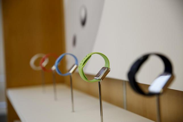 Bands for the Apple Watch are seen for sale at Apple's flagship retail store in San Francisco, California June 17, 2015. REUTERS/Robert Galbraith