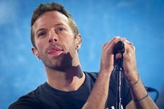 Chris Martin durante show em Nova York.  1/12/2014.  REUTERS/Carlo Allegri