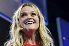 Atriz Reese Witherspoon durante evento em Fayetteville.   REUTERS/Rick Wilking