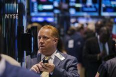 La Bourse de New York a fini mardi en hausse de 0,53%, l'indice Dow Jones gagnant 93,33 points à 17.776,91, le S&P-500 prenant 0,61%, et le Nasdaq Composite 0,11%. /Photo d'archives/ REUTERS/Lucas Jackson