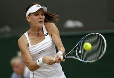 Agnieszka Radwanska, da Polônia, durante jogo contra a norte-americana Madison Keys no torneio de Wimbledon, em Londres, nesta terça-feira. 07/07/2015. REUTERS/Henry Browne