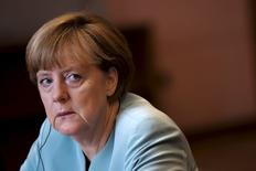 """La canciller alemana, Angela Merkel, en Belgrado, 9 de julio de 2015. La canciller alemana, Angela Merkel, reiteró durante una visita a la capital de Bosnia el jueves que las llamadas """"quitas"""" en los préstamos europeos a Grecia estaban fuera de discusión. REUTERS/Marko Djurica"""