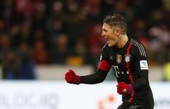 Bastian Schweinsteiger comemorando gol durante partida contra o FSV Mainz 05, na Alemanha.  19/12/2014  REUTERS/Ralph Orlowski