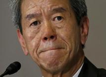 El presidente de Toshiba Corp. Hisao Tanaka, durante una conferencia de prensa en Tokio, 15 de mayo de 2015. Una comisión que investiga el escándalo de contabilidad del grupo japonés Toshiba Corp descubrió que altos ejecutivos estuvieron implicados en prácticas inadecuadas, confirmando la naturaleza institucional de los abusos, dijo el viernes una fuente vinculada a la indagación. REUTERS/Issei Kato