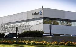 La sede de Anthem en Newbury Park, California, el 5 de febrero de 2015. La aseguradora de atención médica Anthem Inc anunció el viernes que comprará a Cigna Corp en una operación valorizada en 54.200 millones de dólares, creando el mayor grupo de seguros de salud de Estados Unidos. REUTERS/Gus Ruelas