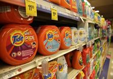 Tide detergent pods, from Procter & Gamble, are seen at the Safeway store in Wheaton, Maryland February 13, 2015.    REUTERS/Gary Cameron