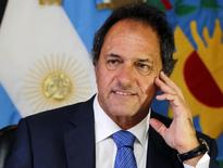 O governador de Buenos Aires, Daniel Scioli, concede entrevista à Reuters em Buenos Aires, na Argentina, no ano passado. 11/02/2014 REUTERS/Enrique Marcarian