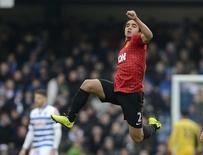 Rafael comemorando gol em partida contra o Queens Park Rangers, em Londres.  23/02/2013   REUTERS/Nigel Roddis