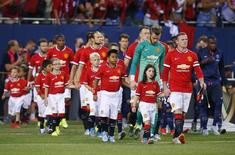 Manchester United entrando em campo durante amistoso contra o Paris Saint-Germain, nos EUA.  03/08/2015  Action Images via Reuters / Jeff Haynes