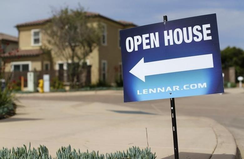 Newly constructed houses built by Lennar Corp are pictured in Leucadia, California March 18, 2015. REUTERS/Mike Blake