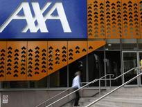 Axa annonce le lancement d'un incubateur, dénommé Kamet, dédié aux nouvelles technologies dans le secteur de l'assurance qui sera doté de 100 millions d'euros. /Photo d'archives/REUTERS/Mick Tsikas