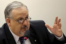 Ministro das Comunicações, Ricardo Berzoini, em Brasília. 29/4/2015 REUTERS/Ueslei Marcelino