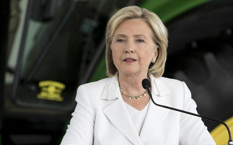 Democratic presidential candidate Hillary Clinton speaks during a press conference at Des Moines Area Community College in Ankeny, Iowa in this August 26, 2015 file photo. REUTERS/Scott Morgan/Files