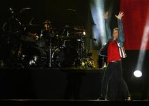 U.S. singer Jon Bon Jovi performs during the Rock in Rio Music Festival in Rio de Janeiro in this September 20, 2013 file photo. REUTERS/Pilar Olivares