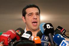 Alexis Tsipras falando com jornalistas em Atenas.  20/09/2015   REUTERS/Alkis Konstantinidis
