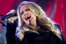 Carrie Underwood durante show em Nova York. 01/12/2014 REUTERS/Carlo Allegri