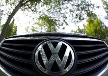 The logo of German carmaker Volkswagen is seen on the front grill of a Passat car in Willmette, Illinois, September 24, 2015. REUTERS/Jim Young