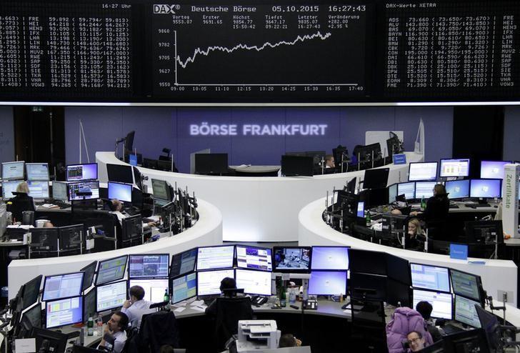 الأسهم الأوروبية ترتفع بقيادة شركات السيارات والنفط