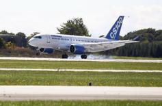 A Bombardier aircraft lands  in Mirabel, Quebec September 16, 2013. REUTERS/Christinne Muschi