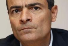 O presidente-executivo da AB InBev, Carlos Brito, afirmou nesta quarta-feira que não quer falar sobre a possibilidade de uma oferta hostil pela SABMiller, comentando que espera que os acionistas convençam o Conselho da rival a avaliar a oferta atual de aquisição.