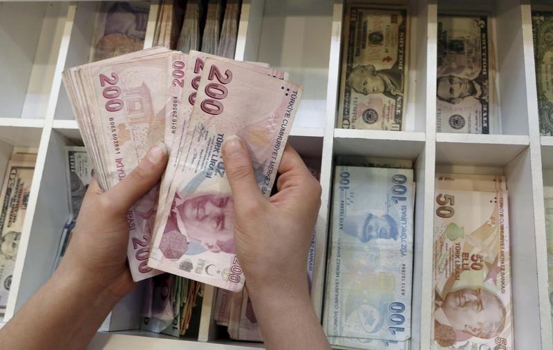 الليرة التركية ترتفع إلى أقوى سعر لها منذ 20 أغسطس