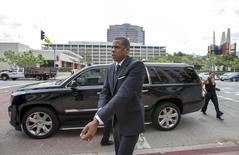 Rapper Jay Z arrives at a United States District Court to testify in downtown Los Angeles, California October 14, 2015.   REUTERS/Mario Anzuoni