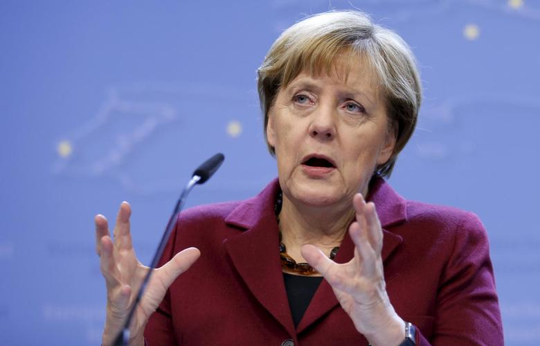 Germany's Chancellor Angela Merkel addresses a news conference after an European Union leaders summit in Brussels, Belgium, October 16, 2015. REUTERS/Francois Lenoir