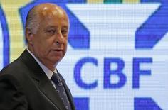 Presidente da CBF, Marco Polo Del Nero, chega para entrevista coletiva no Rio de Janeiro. 22/10/2015 REUTERS/Sergio Moraes