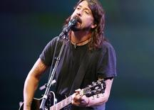 Dave Grohl em show do Foo Fighters em San Francisco. 12/09/2012 REUTERS/Beck Diefenbach