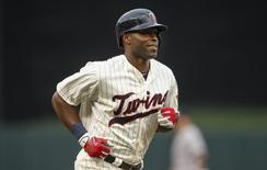 Jul 25, 2015; Minneapolis, MN, USA; Minnesota Twins right fielder Torii Hunter (48) celebrates his 3 run homerun against the New York Yankees in the 3rd inning at Target Field. Mandatory Credit: Bruce Kluckhohn-USA TODAY Sports