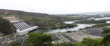 Hidrelétrica de Furnas, em Minas Gerais. 14/01/2013 REUTERS/Paulo Whitaker