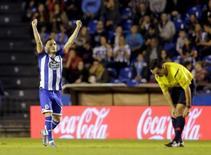 Lucas Perez, do Deportivo La Coruña, comemora gol contra o Atlético de Madri nesta sexta-feira. 30/10/2015 REUTERS/Miguel Vidal
