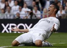 O português Cristiano Ronaldo, do Real Madrid, durante jogo contra o Levante pelo Campeonato Espanhol, em Madri, na Espanha. 17/10/2015 REUTERS/Juan Medina