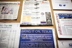 Quadro com ofertas de emprego em Nevada, EUA.  02/10/2014     REUTERS/Max Whittaker
