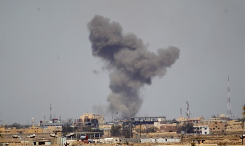 U.S. general sees air strikes against Islamic State picking up