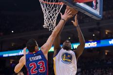 November 9, 2015; Oakland, CA, USA; Golden State Warriors center Festus Ezeli (31) shoots the basketball against Detroit Pistons forward Ersan Ilyasova (23) during the first quarter at Oracle Arena. Mandatory Credit: Kyle Terada-USA TODAY Sports