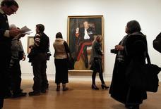 Retrato de Andrew Parker Bowles pintato por  Lucien Freud em exibição em Londres. 08/02/2012 REUTERS/Chris Helgren