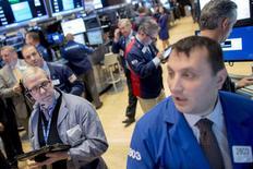 Traders work on the floor of the New York Stock Exchange November 4, 2015. REUTERS/Brendan McDermid  -