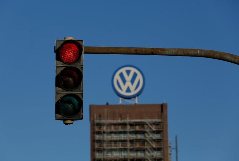 A traffic light shows red next to the Volkswagen factory in Wolfsburg, Germany November 20, 2015. REUTERS/Ina Fassbender